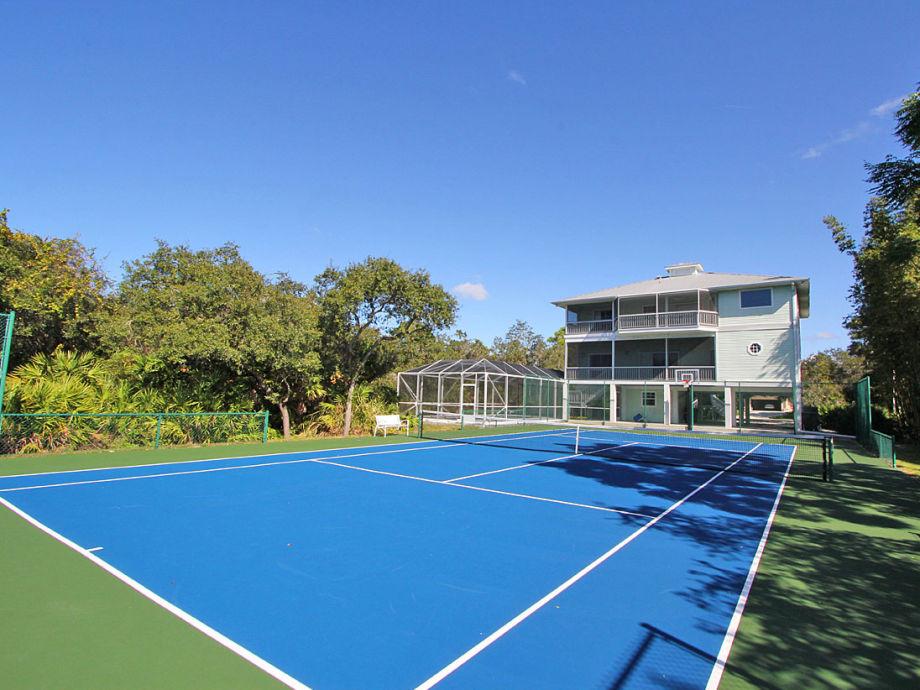 Ferienhaus mit privatem Pool und Tennisplatz