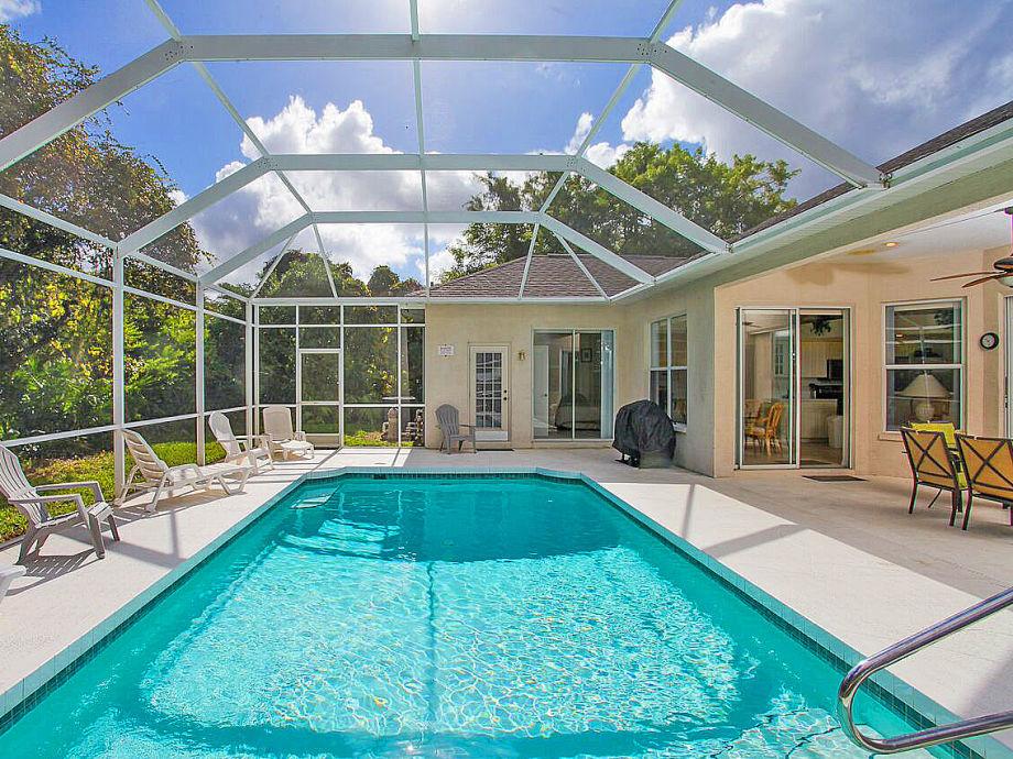 Villa mit großem Sonnenpool