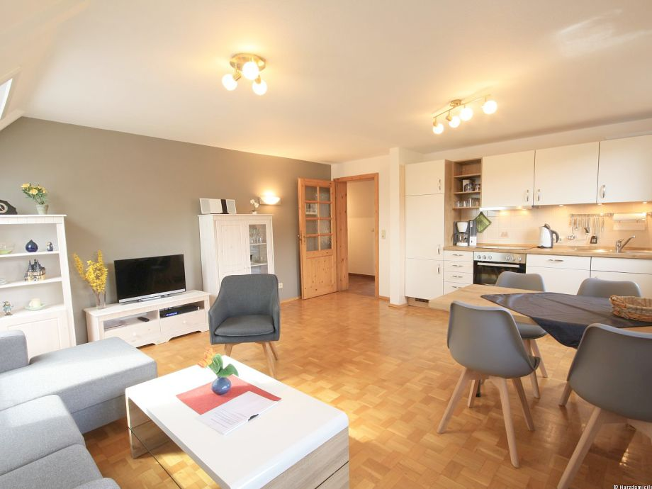 Wohn- /Essbereich mit Küche