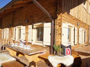 Alpine hut Ahornblick