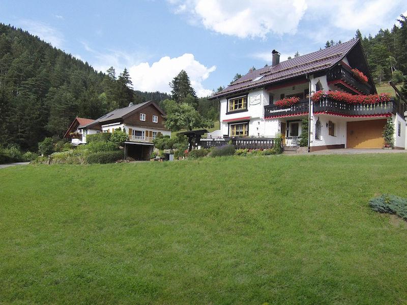 Ferienwohnung Weissenbach im Ferienhaus Schenk