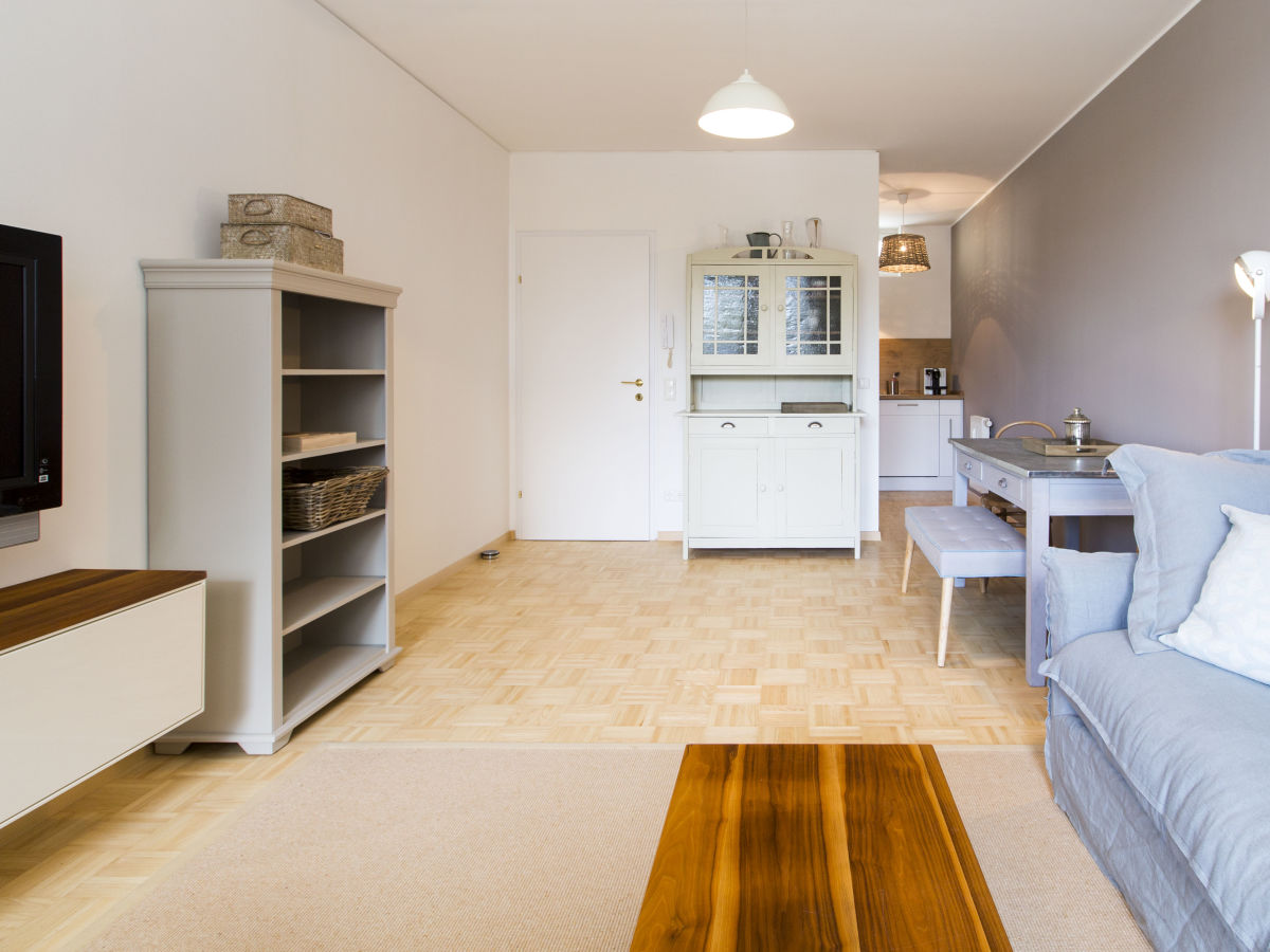 ferienwohnung rainberg terrasse salzburg frau martina toifl. Black Bedroom Furniture Sets. Home Design Ideas