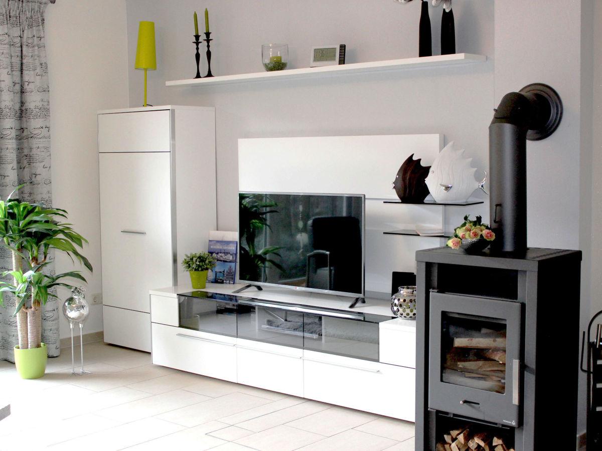 ferienhaus sonnenst bchen fischland darss zingst ostsee bodden frau iris hausd rfer. Black Bedroom Furniture Sets. Home Design Ideas