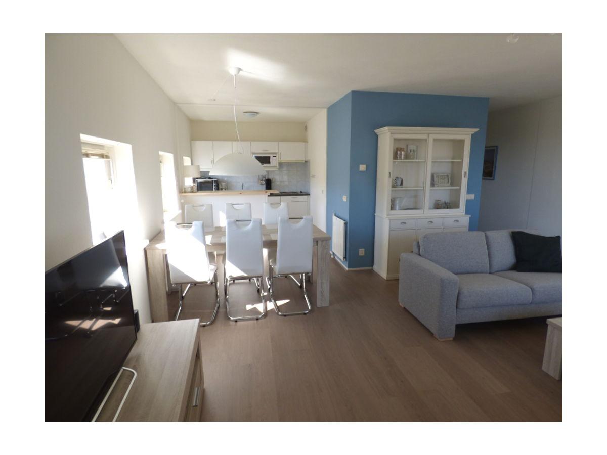 apartment strandslag 165 nord holland julianadorp. Black Bedroom Furniture Sets. Home Design Ideas