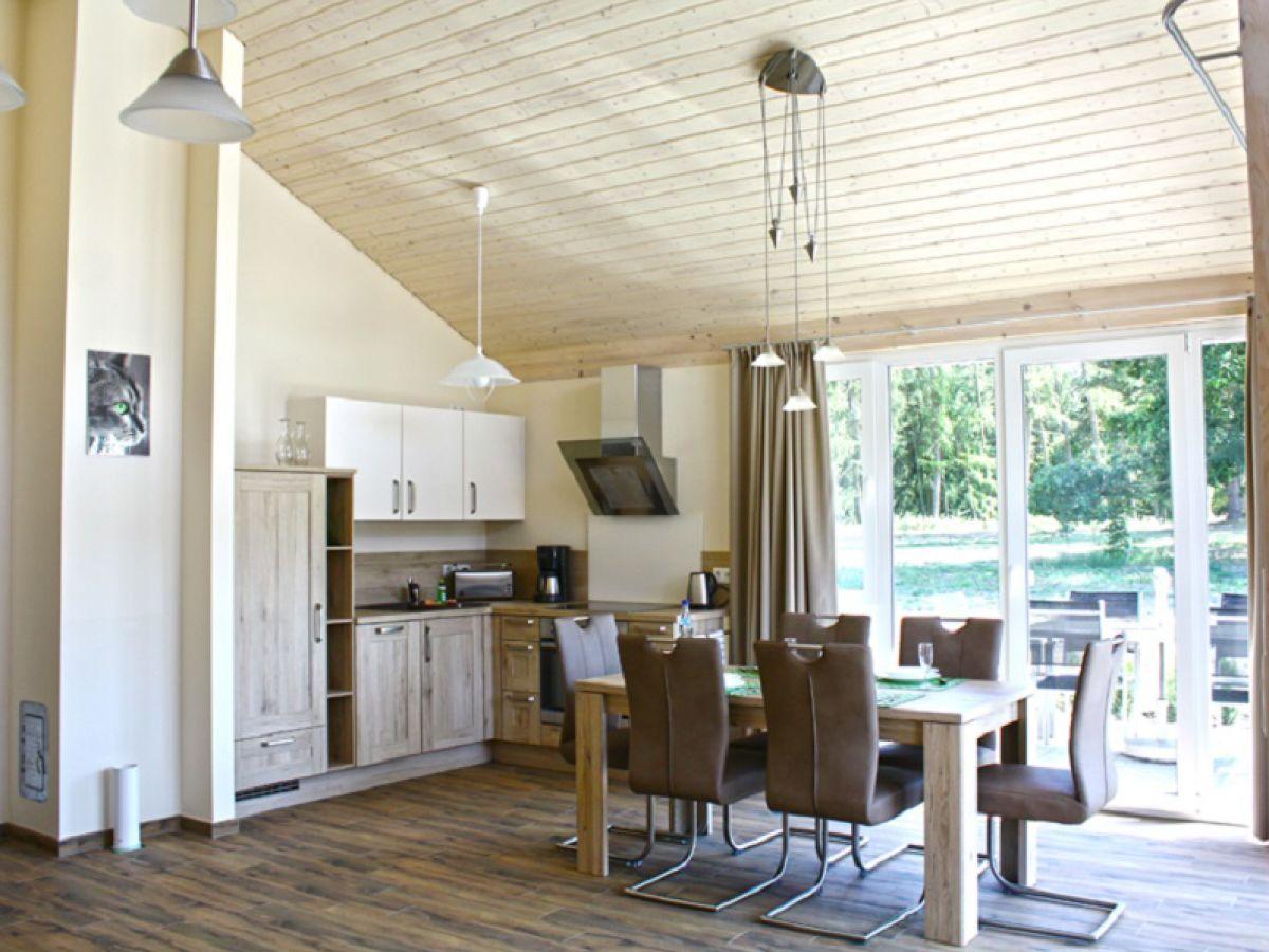 ferienhaus patrycia mecklenburgische seenplatte plauer see lenz firma zimmervermittlung. Black Bedroom Furniture Sets. Home Design Ideas