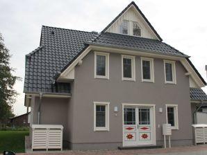 Ferienwohnung 4 in der Villa Boddenluft
