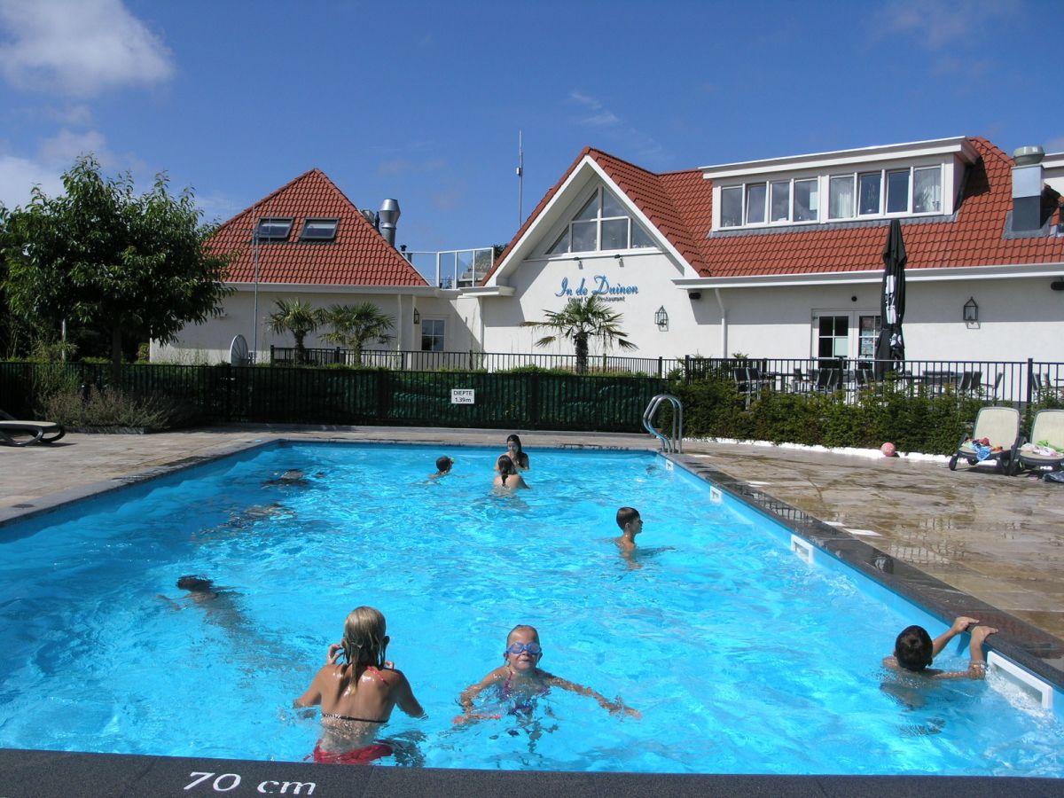 Schwimmbad Im Garten: Ferienhaus Duinen Comfort, Noordwijk, Firma PeOos