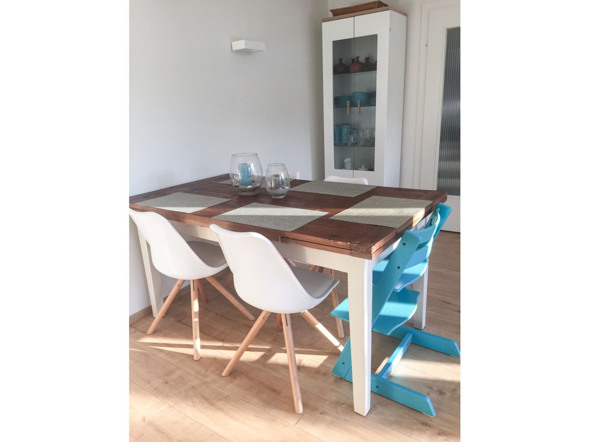 ferienhaus haus waluschi ruhig strandnah scharbeutz frau annette brugger. Black Bedroom Furniture Sets. Home Design Ideas
