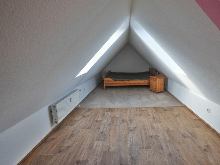 Schlafzimmer Dachgeschoss Hitze: So Gestalten Sie Räume .