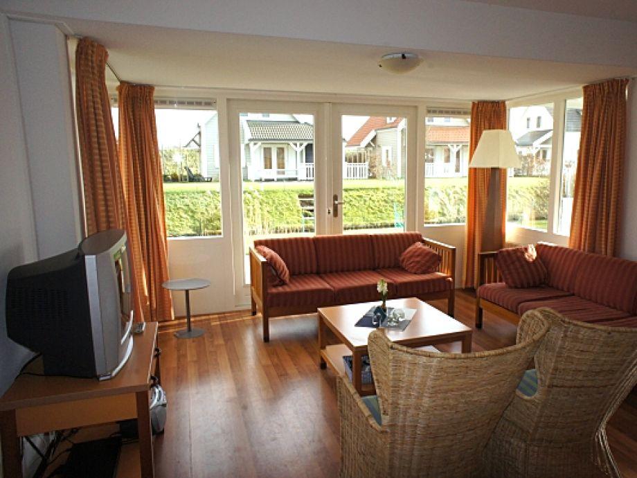 ferienhaus bruinisse ze218 zeeland bruinisse firma. Black Bedroom Furniture Sets. Home Design Ideas