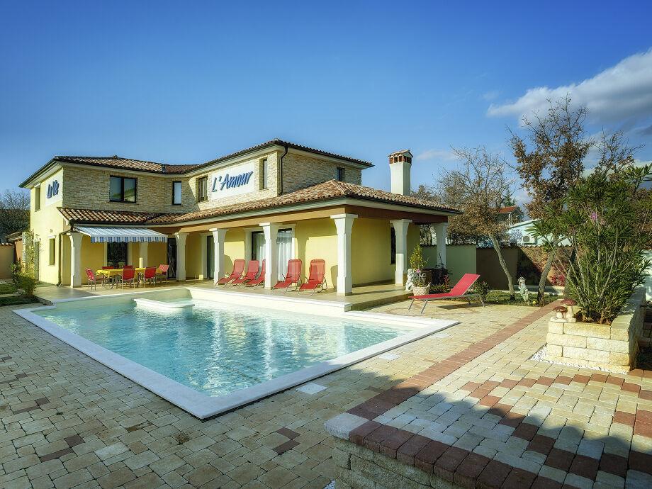 Villa Amour