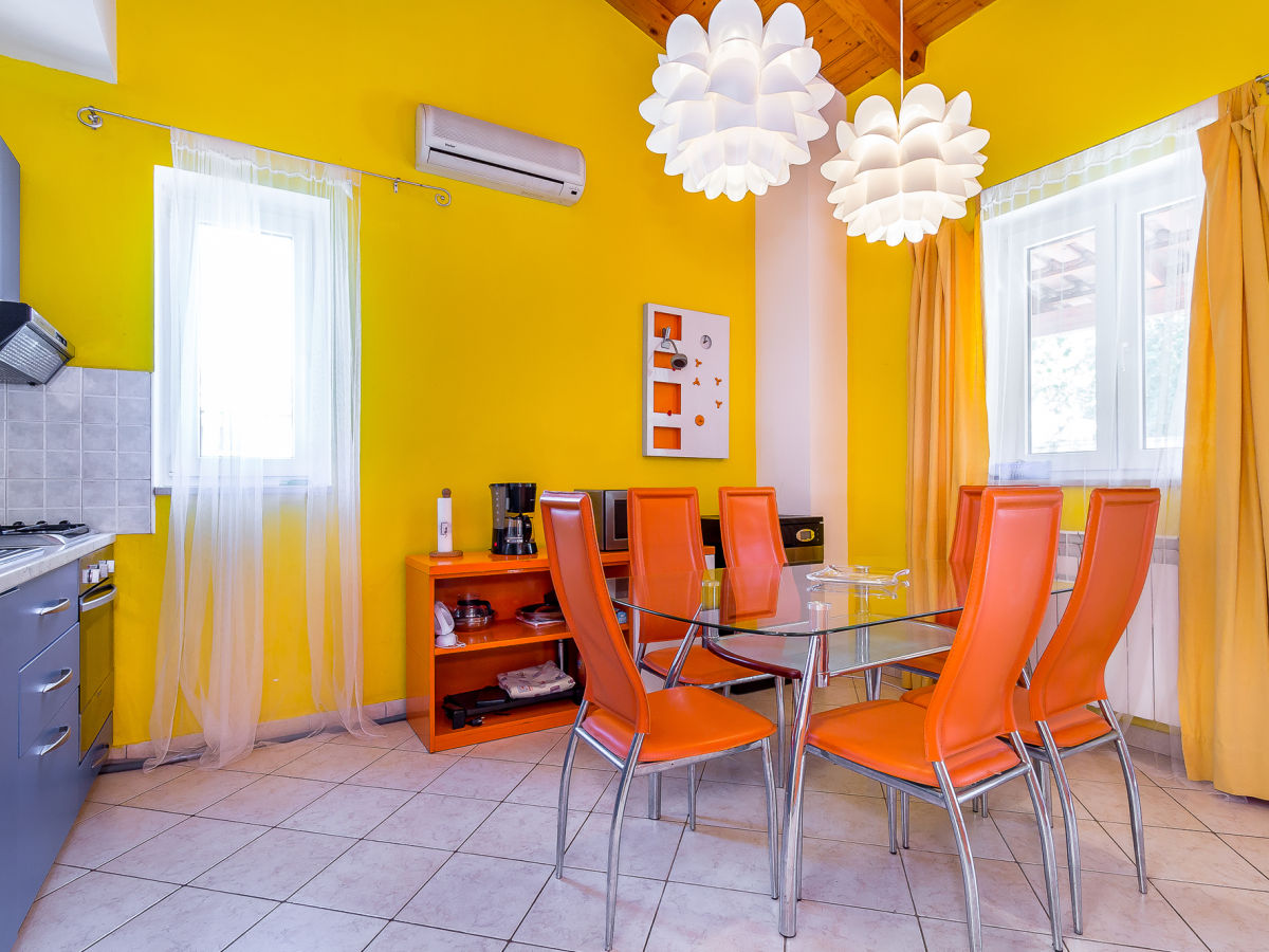 ferienhaus helena banjole istrien firma tourist agency. Black Bedroom Furniture Sets. Home Design Ideas