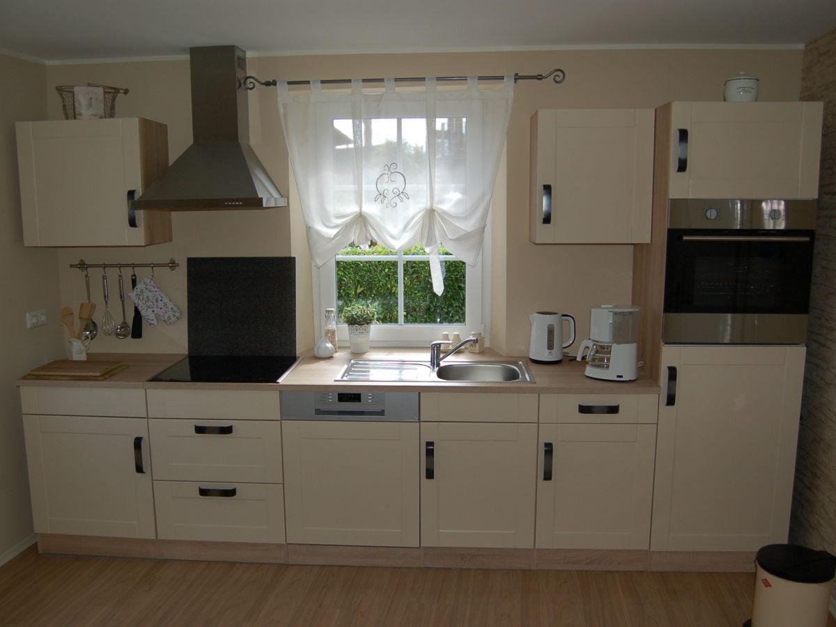 ferienhaus vervisch paul monschau frau ursula kreuwen. Black Bedroom Furniture Sets. Home Design Ideas