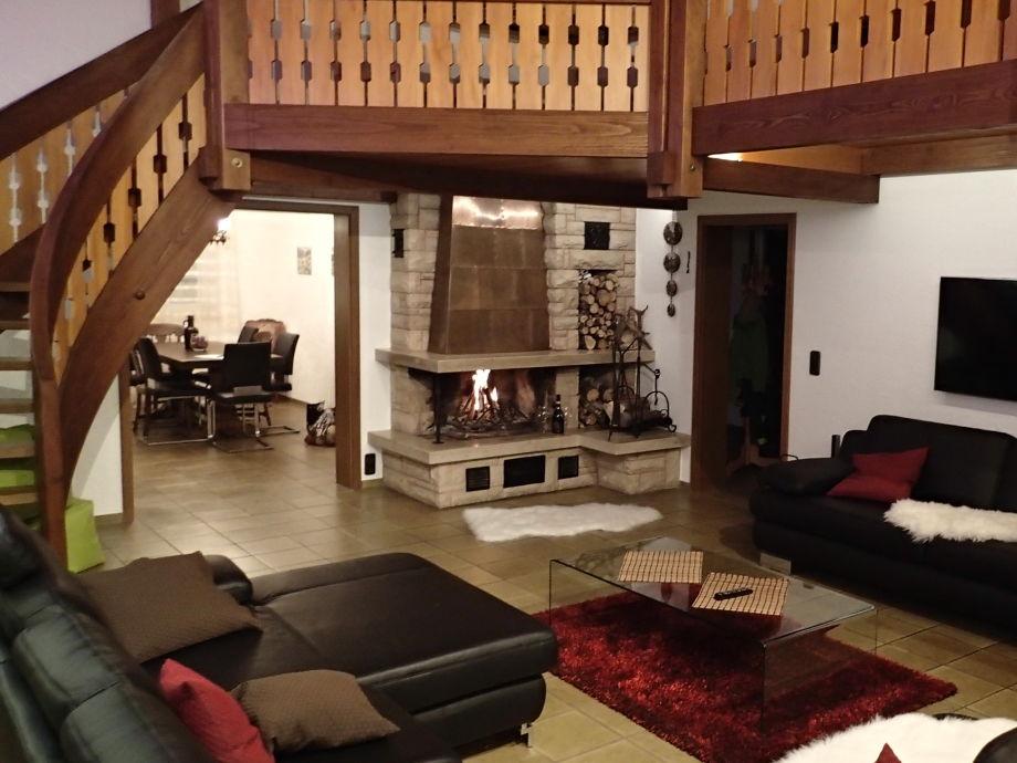 riesiges Wohnzimmer