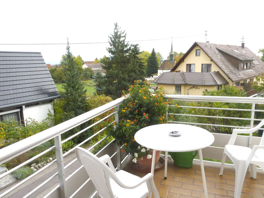 Teil des Balkons und Ausblick
