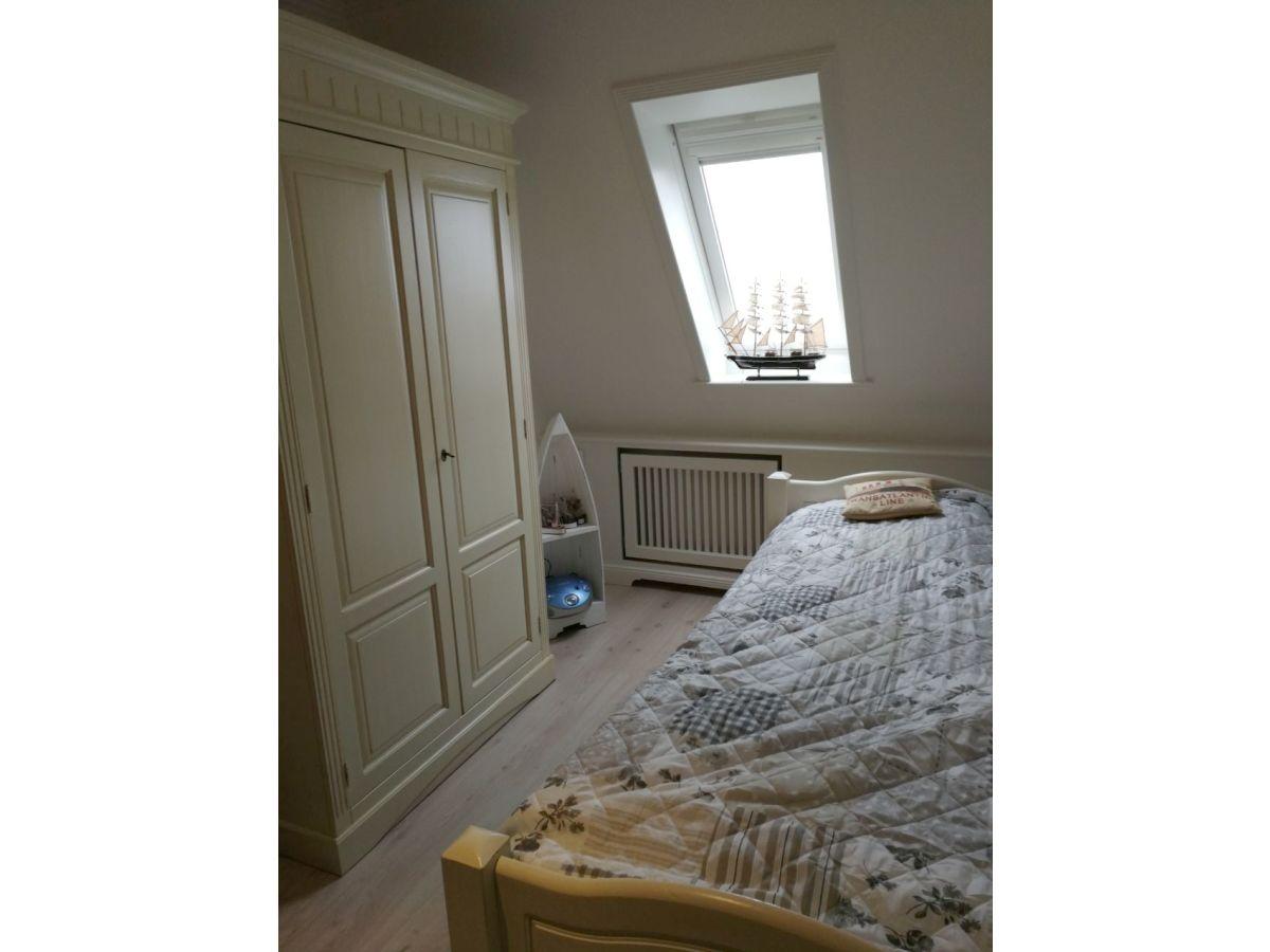 ferienwohnung koje 2 sylt firma appartementvermittlung pirko schmidt frau pirko schmidt. Black Bedroom Furniture Sets. Home Design Ideas