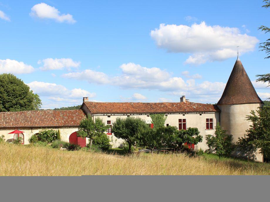 Manoir de Moncé - Blick vom Pool aus Haus