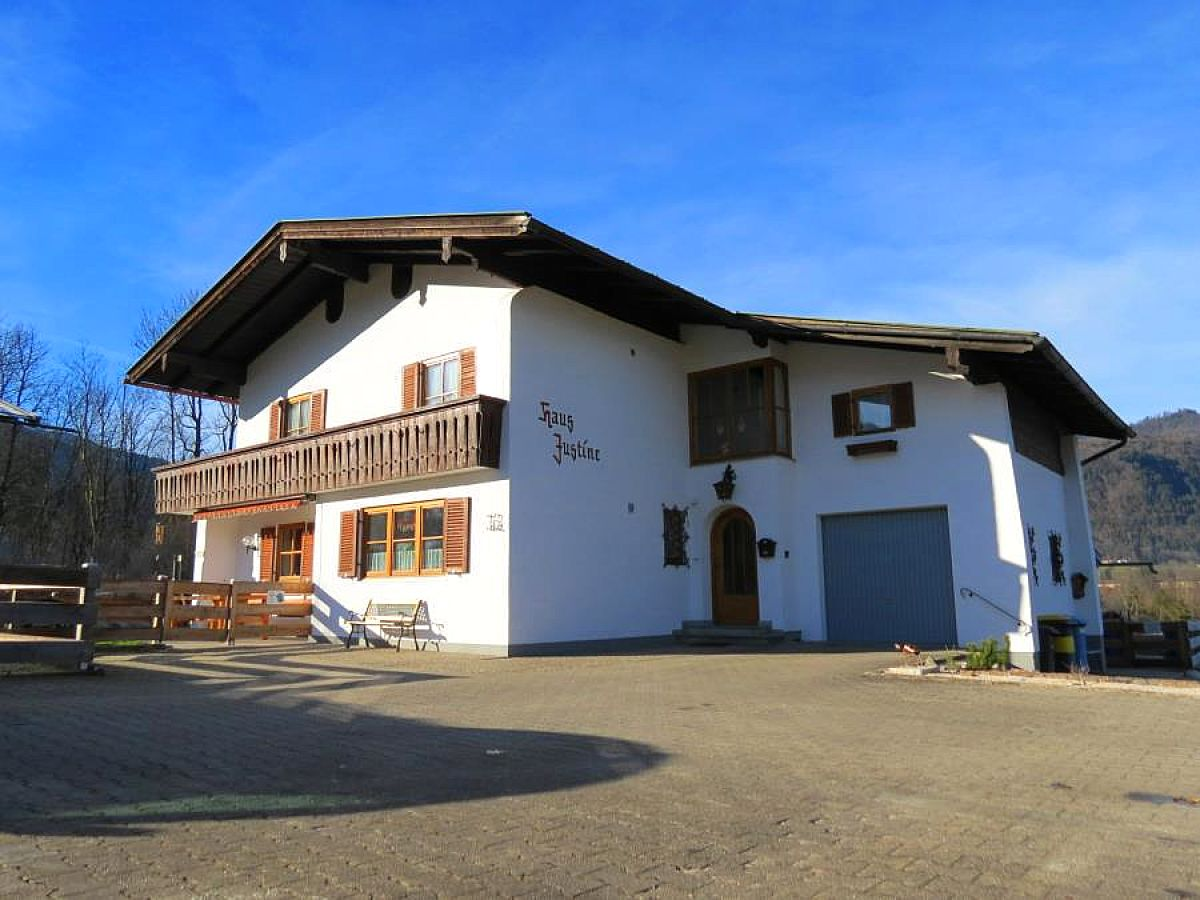 Ferienwohnung Haus Justine, Schönau am Königssee, Firma ...
