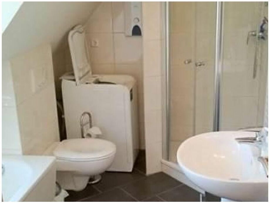 Ferienwohnung haus bucheneck app 10 sonnenschein ostsee for Moderne badezimmer mit dusche