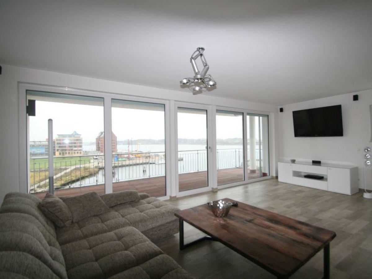 ferienwohnung rostock altstadthafen pier 2 ostsee firma hanse ferienwohnungen gmbh. Black Bedroom Furniture Sets. Home Design Ideas