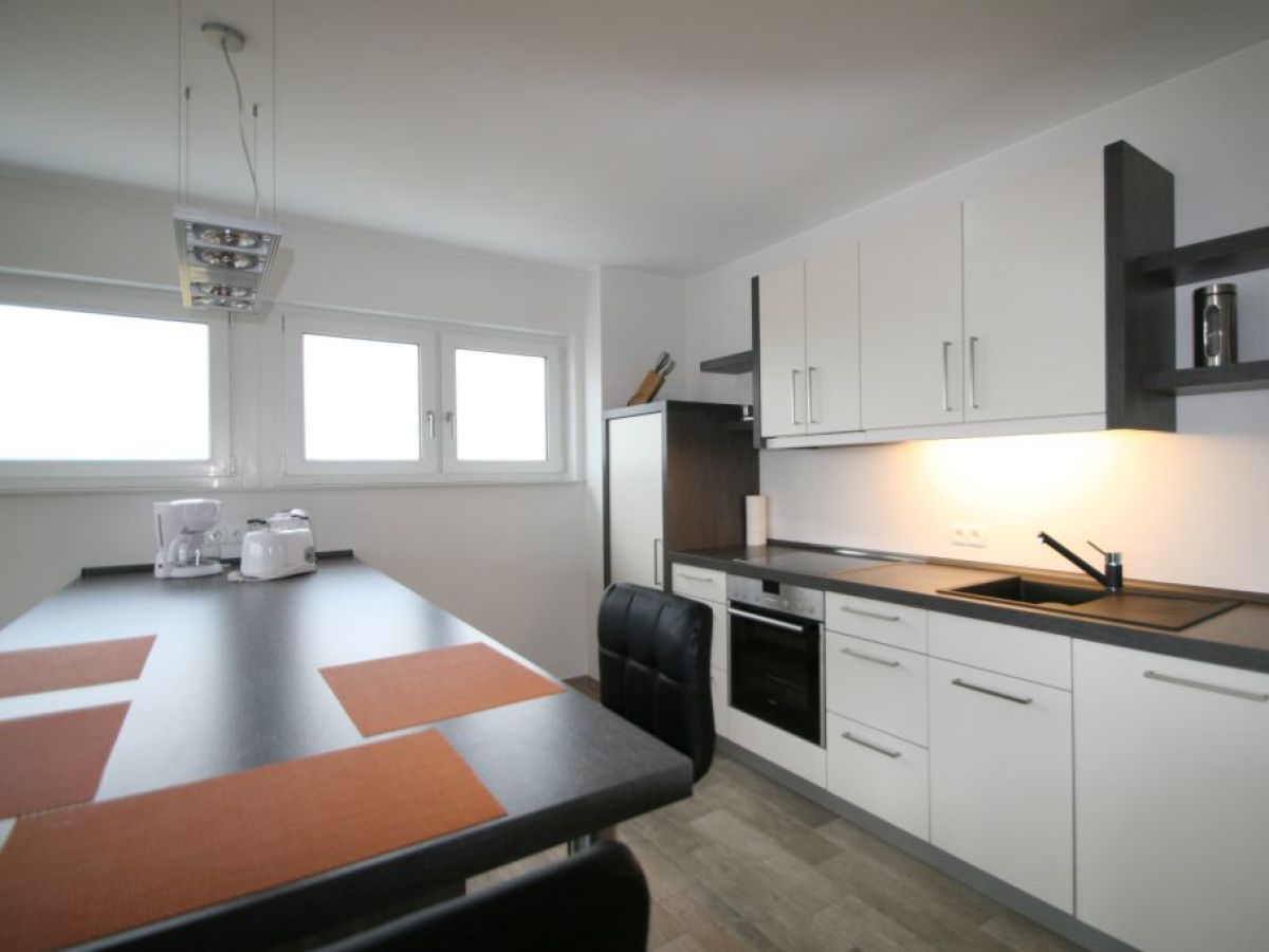 ferienwohnung rostock altstadthafen pier 2 ostsee firma. Black Bedroom Furniture Sets. Home Design Ideas