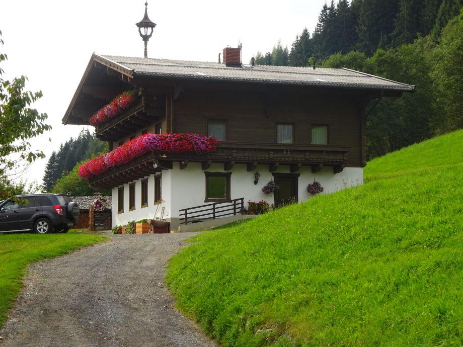 Unser Bauernhaus im Sommer