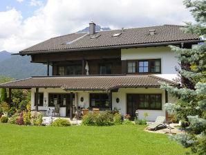 """Ferienwohnung im Landhaus Staudacher """"Alpspitze"""""""