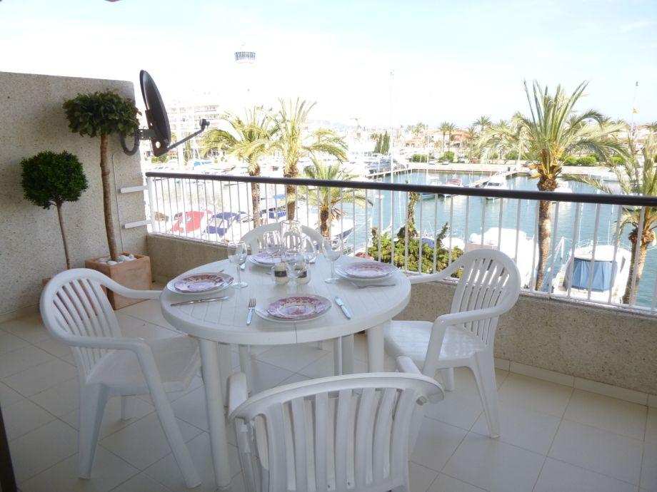 Ferienwohnung 0112 port grec empuriabrava firma apart for Ameisen auf dem balkon
