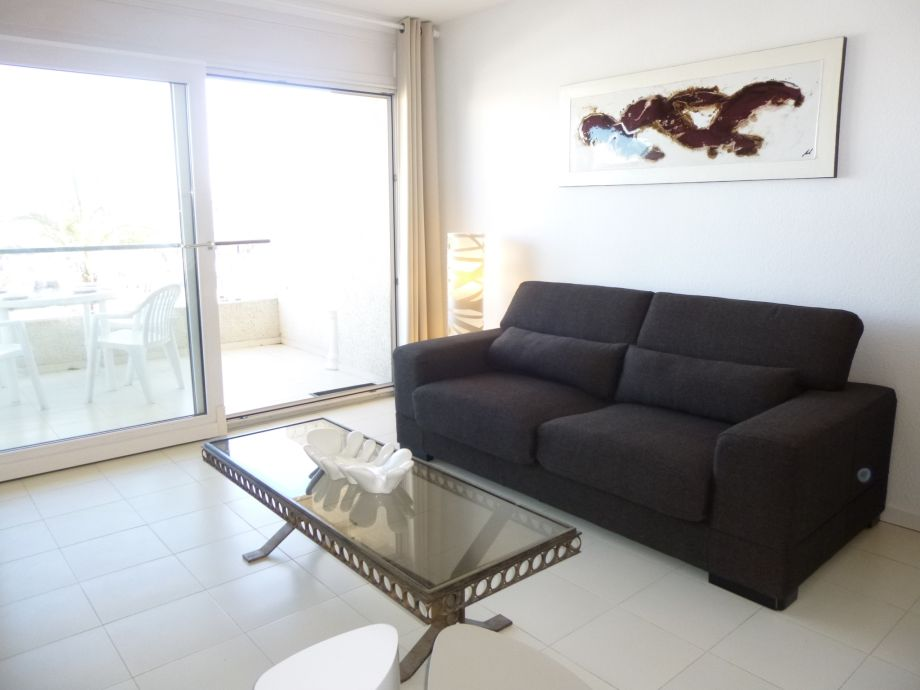 ferienwohnung 0112 port grec empuriabrava firma apart rent. Black Bedroom Furniture Sets. Home Design Ideas
