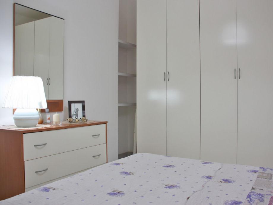 ferienwohnung la gardenia tonnarella nur 100 meter vom. Black Bedroom Furniture Sets. Home Design Ideas