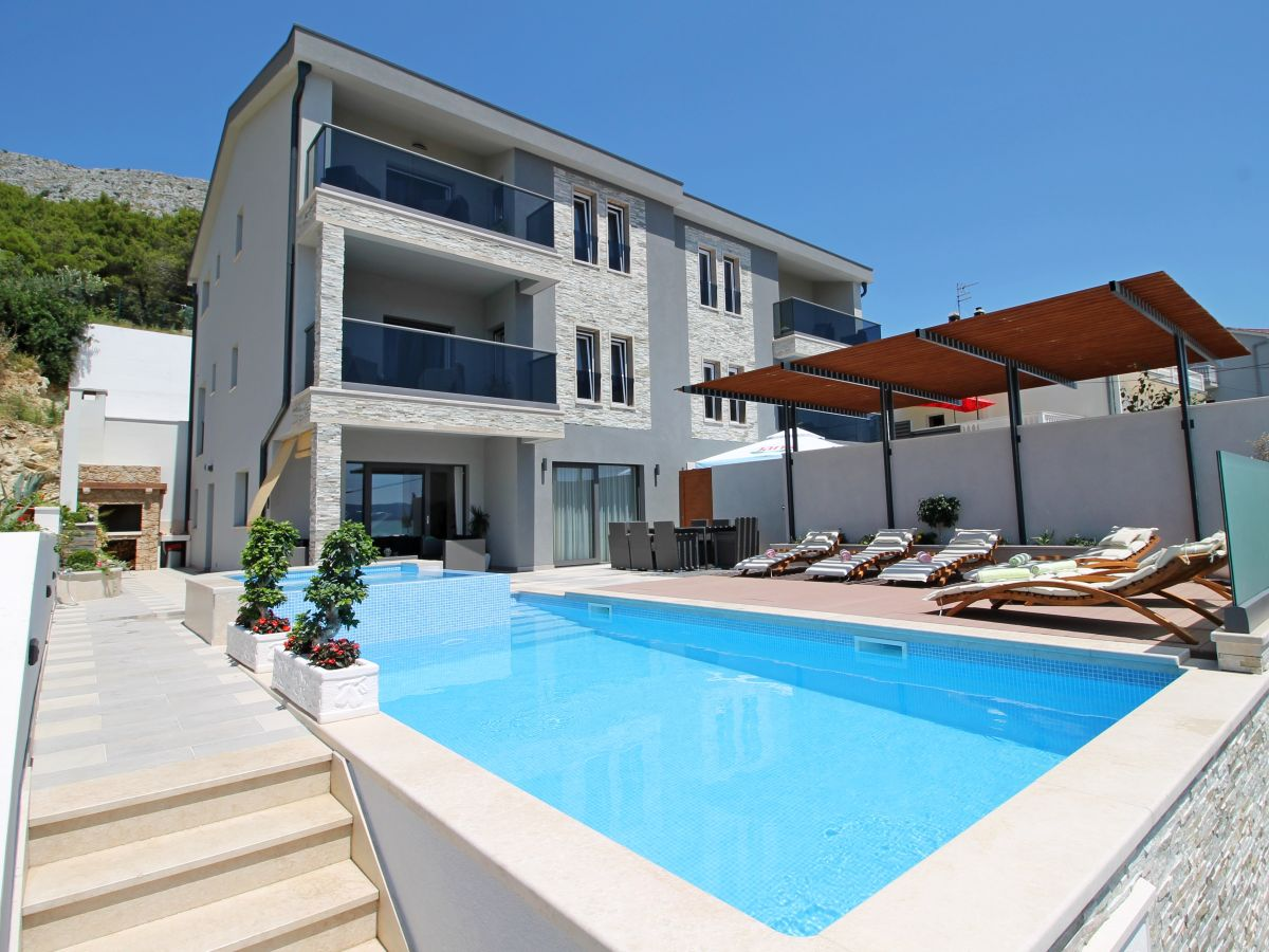 Luxusvilla  Luxus-Villa Paradise, Duce, Dalmatien - Firma FERIEHOME - Mirjana ...