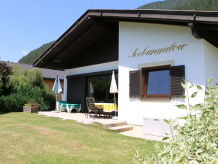 Seebungalow direct on lake weissensee