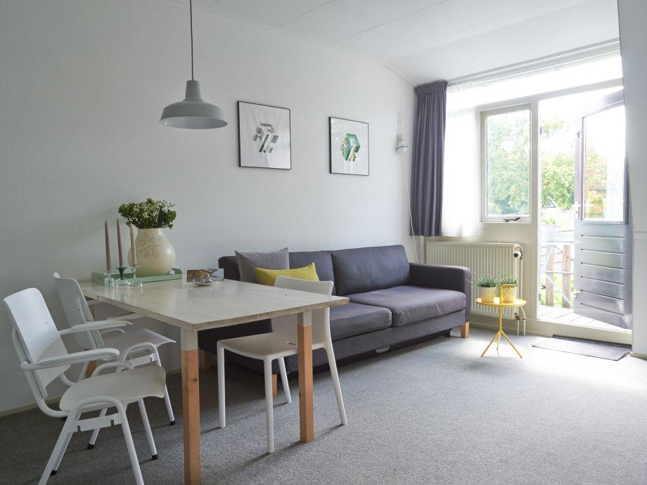 Nanette's modernes Apartment mit Balkon