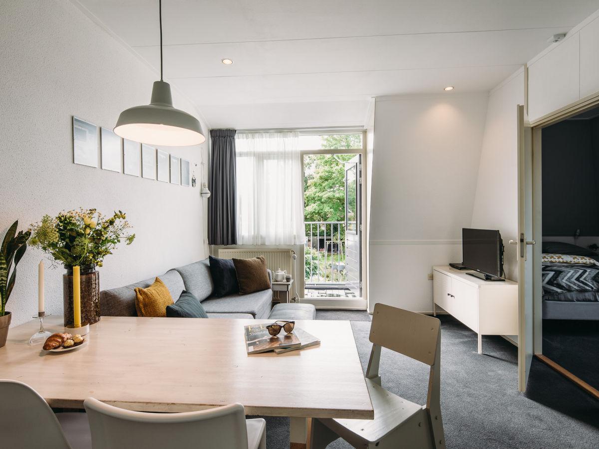 Balkon Klein Appartement : Nanettes ferienwohnung mit balkon bergen holland firma