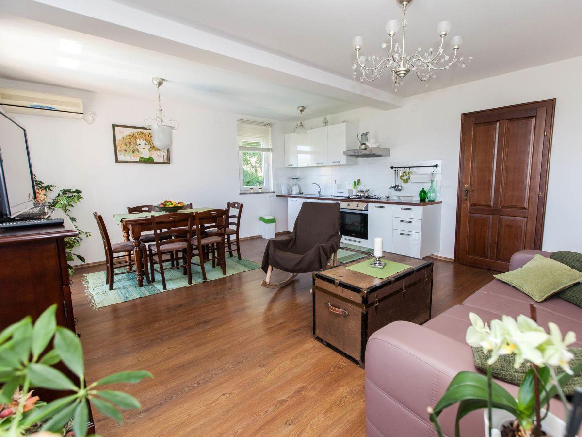 villa sv vid kvarner bucht crikvenica bribir firma ulli travel d o o herr martin kovacic. Black Bedroom Furniture Sets. Home Design Ideas