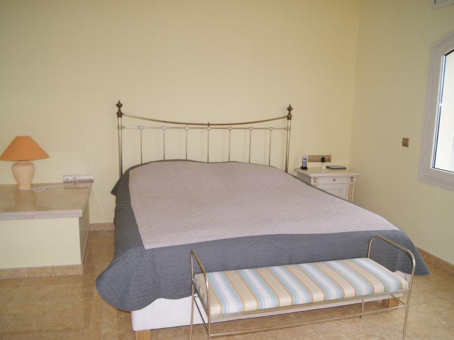 ferienhaus casa ruesch s 39 arnella el port de la selva firma finques fabrega goertzen s l. Black Bedroom Furniture Sets. Home Design Ideas