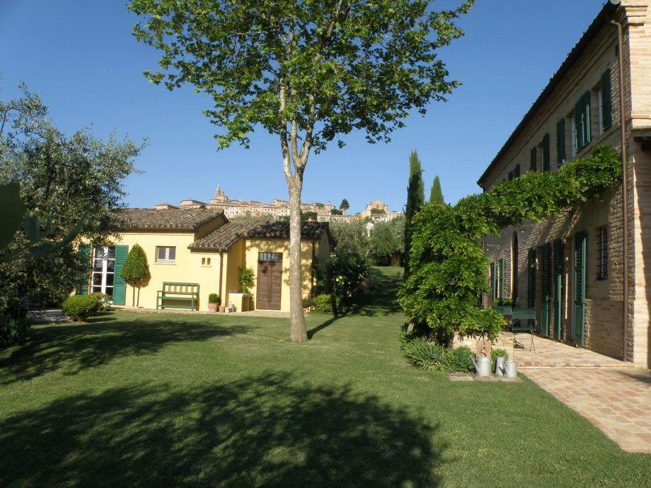 Außenaufnahme der Villa delle Rose Corinaldo