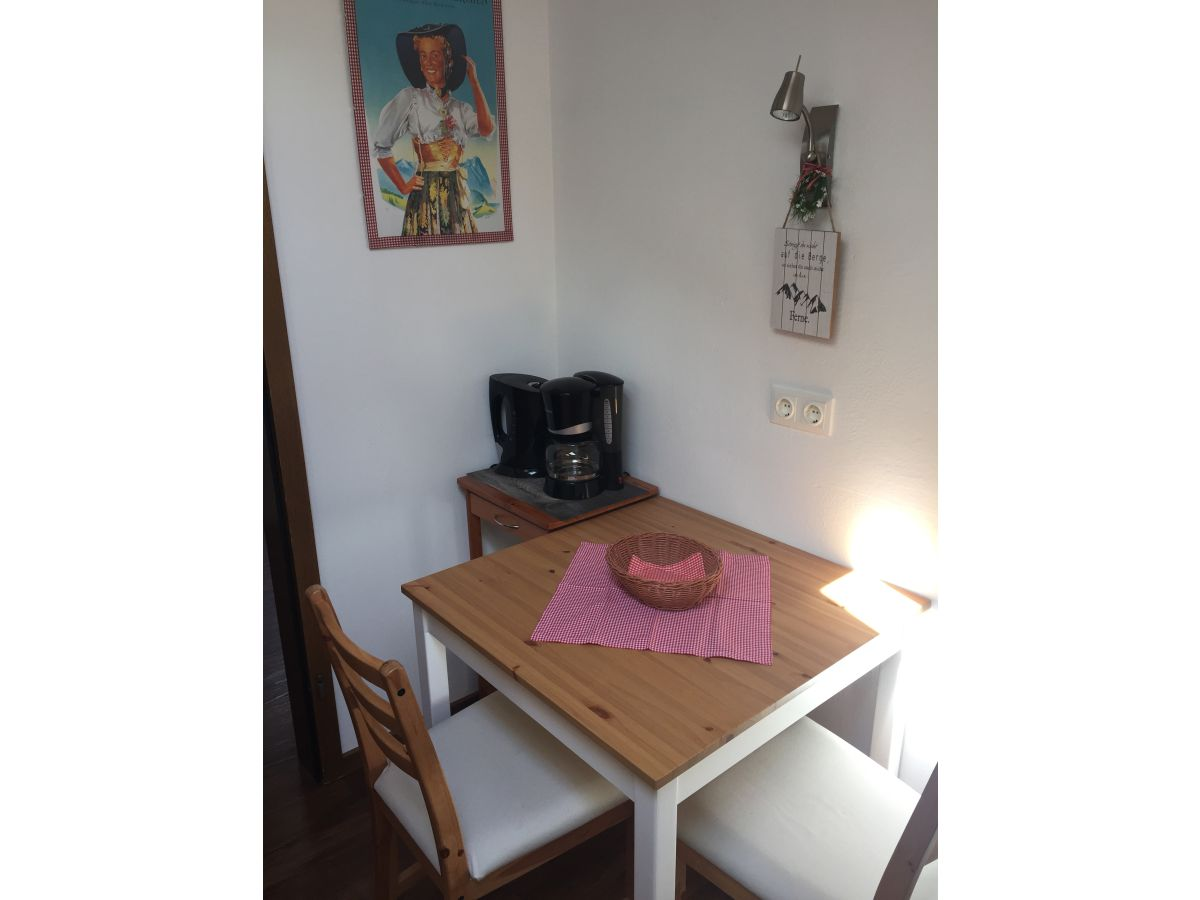ferienwohnung im haus sprenzel oberbayern firma haus sprenzel familie sprenzel. Black Bedroom Furniture Sets. Home Design Ideas