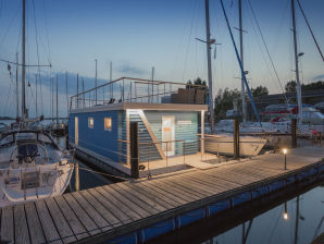 House boat Antje Frieda