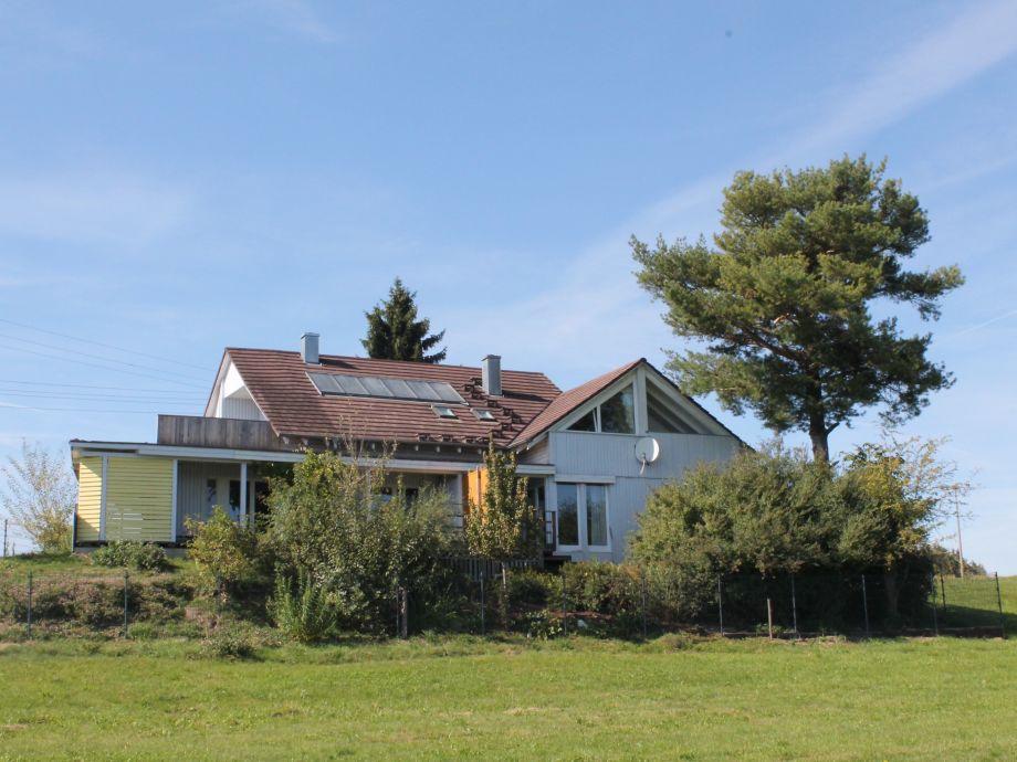 Landhaus Bodensee, links Die Gartenwohnung