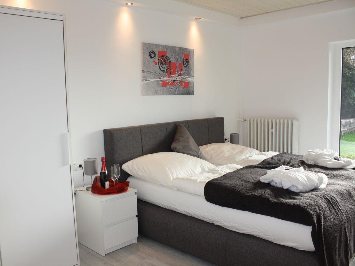 ferienwohnung schlossblick braunfels lahn dill kreis wetzlar weilburg taunus familie. Black Bedroom Furniture Sets. Home Design Ideas