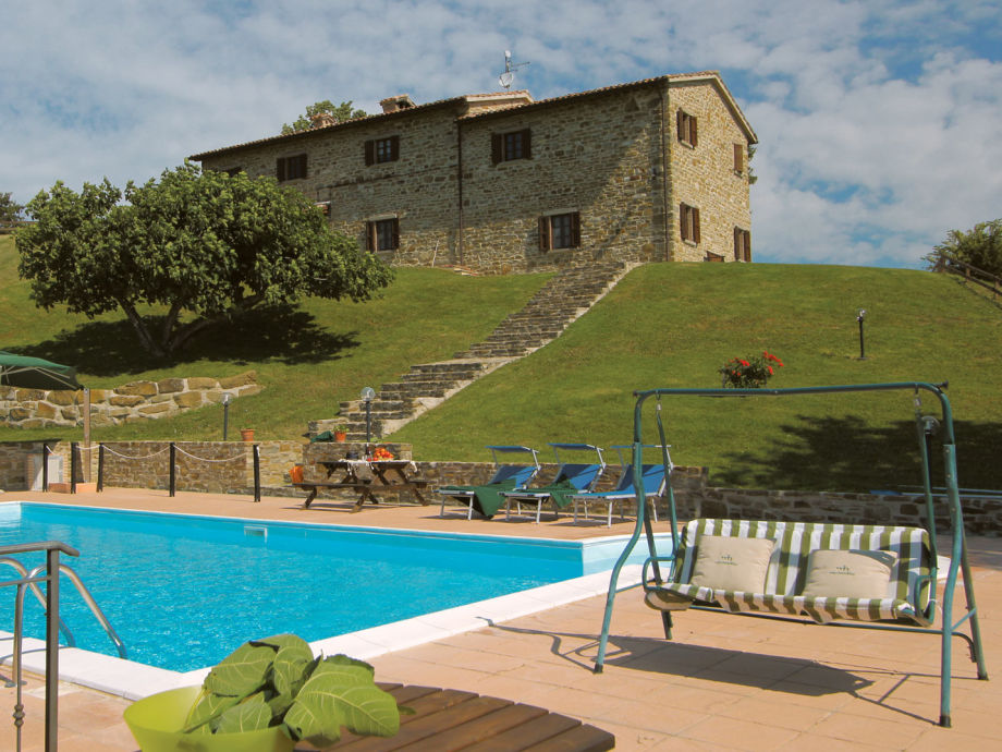 Villa and the big pool.
