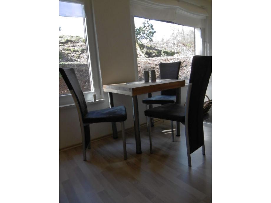 Wohn Und Esszimmer Mit Küchenzeil