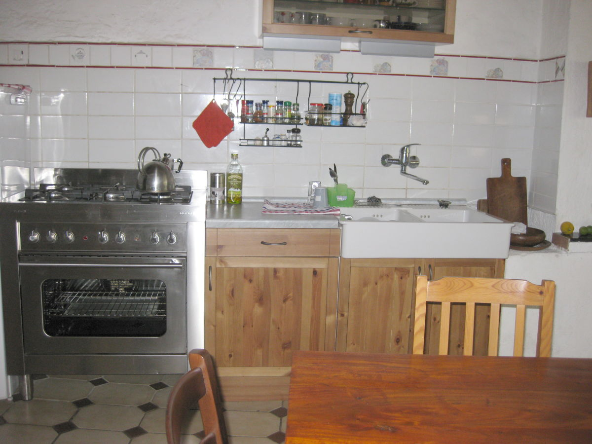 Küchenzeile Spülmaschine ~ ferienhaus casa angela, ligurien herr helmut fischer