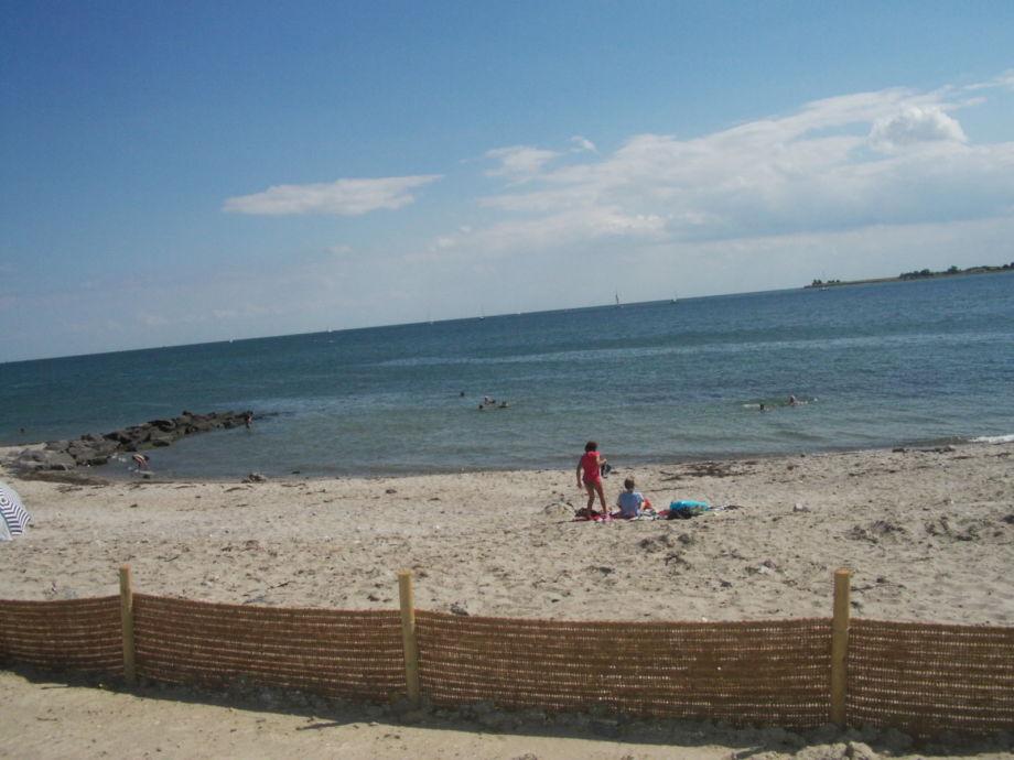 Außenaufnahme Ferienhaus am Meer