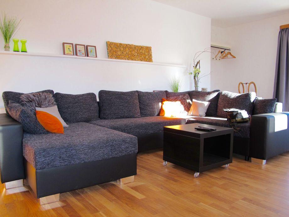 Wohnzimmer mit Wohlandschaft