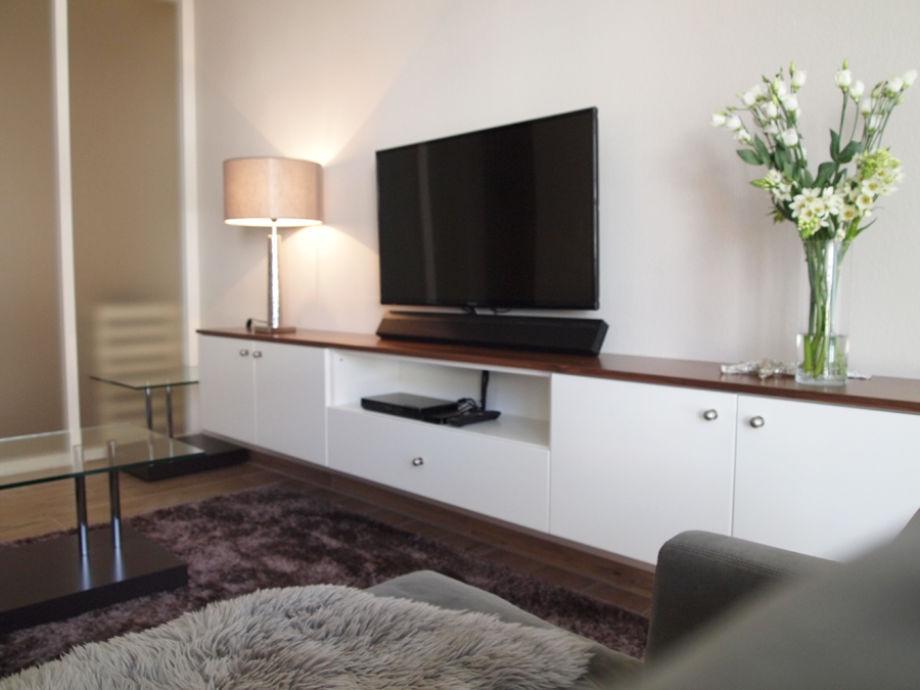 haus oldenburg ferienwohnung 10 familienfreundlich. Black Bedroom Furniture Sets. Home Design Ideas