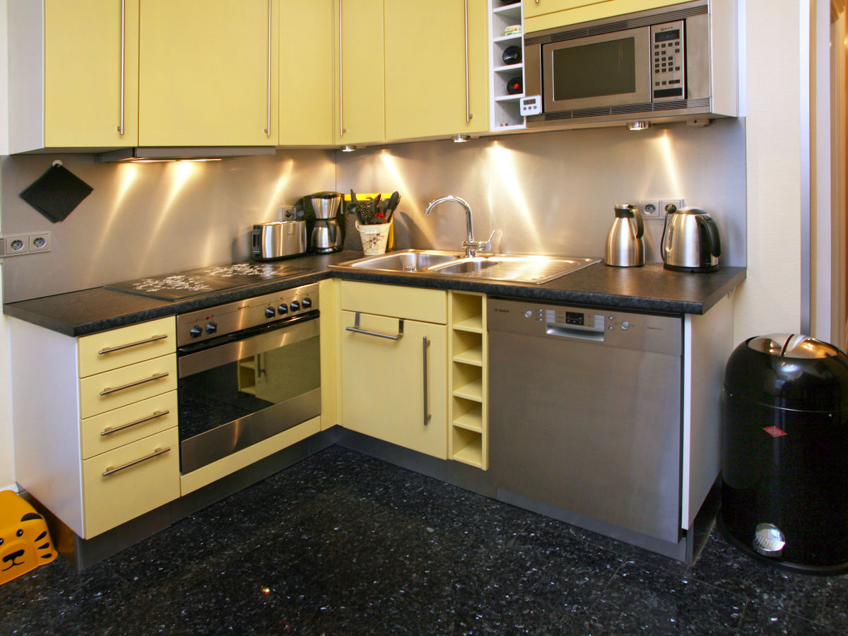 ferienwohnung seeleopard in der villa metropol ostseebad binz frau alexandra georg. Black Bedroom Furniture Sets. Home Design Ideas