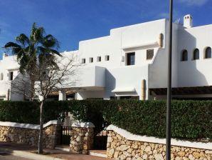 Ferienhaus Casa de Verano mit Pools und Dachterrassen