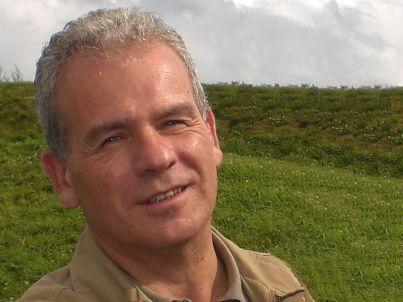 Your host Eric Groennou